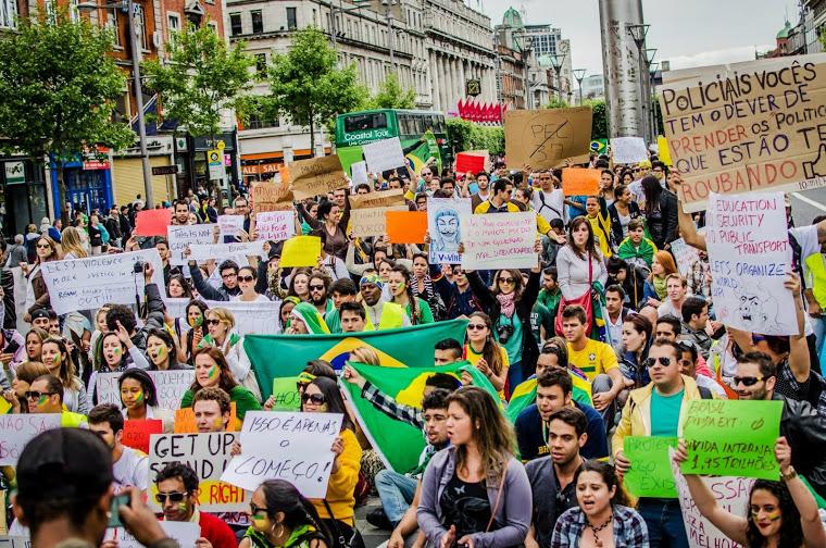 Os movimentos sociais que entraram na história do Brasil mostraram que muita coisa tem que mudar.